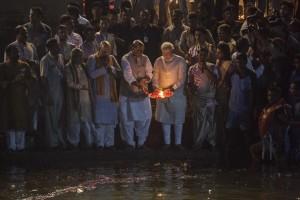 SOTN 12 Narendra+Modi+BJP+Leader+Narendra+Modi+Prays+5M341u3FVxul